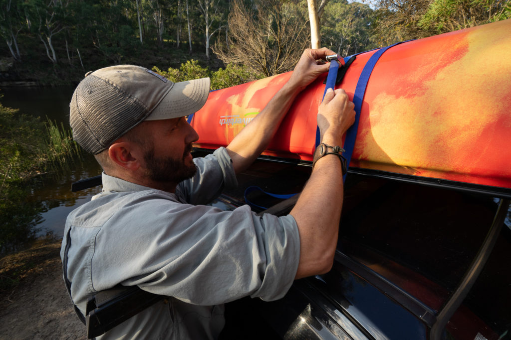 how to transport a canoe 9
